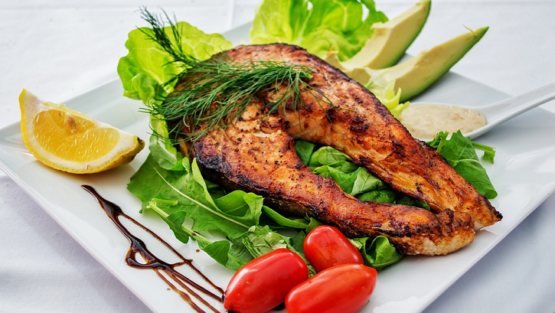 Keto Diet: Benefits + 7-Day Meal Plan