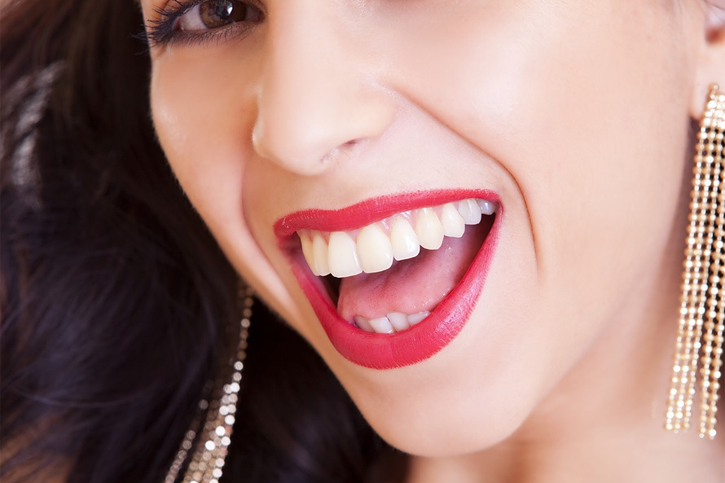 Teeth coloration is a major concern for most Americans How to Whiten Your Teeth Naturally?