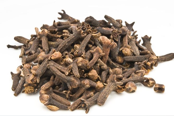 herbs cloves
