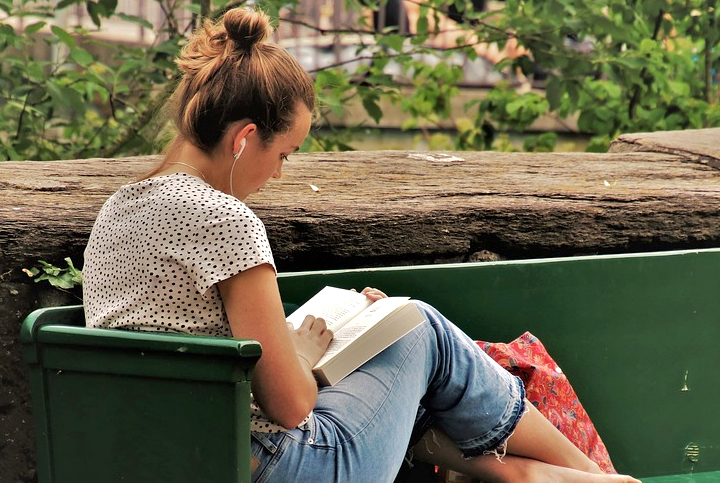woman reading outdoor