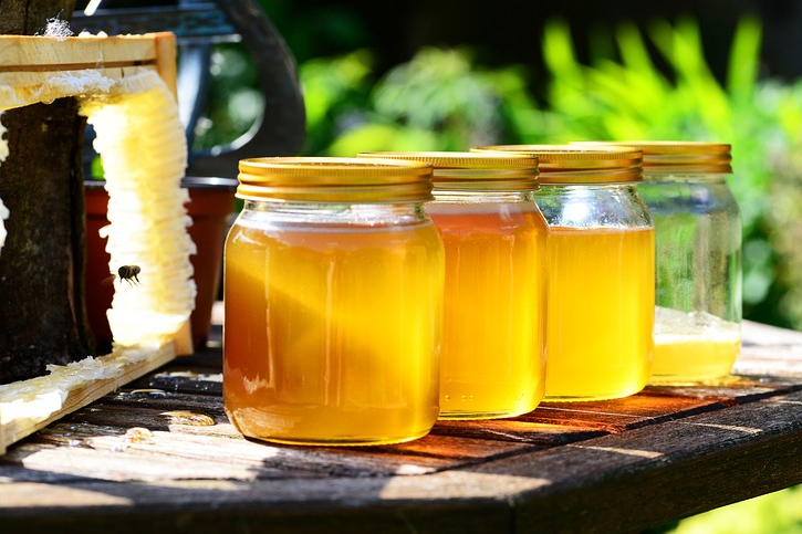 A good number of us have heard that eating local How Local Honey Can Help Your Allergies How Local Honey Can Help Your Allergies